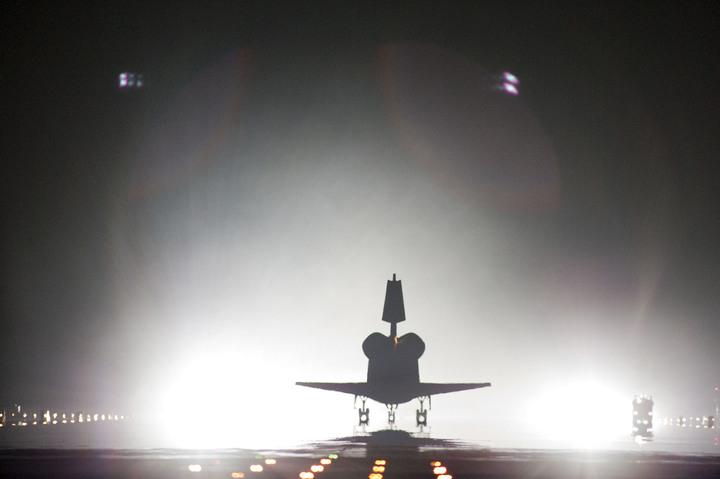 Die letzte Landung vom Space Shuttle Endeavour als VOD zum nachträglich anschauen. Ab Minute 2:35 geht es los!Die letzte Landung vom Space Shuttle Endeavour als VOD zum nachträglich anschauen. […]